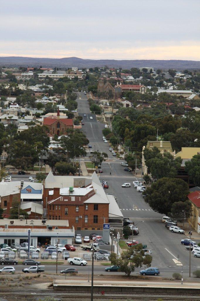 Broken Hill sure ain't flat