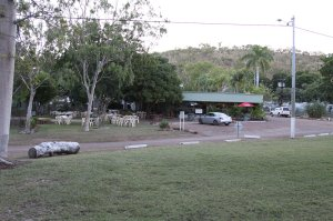 Bar & Beer Garden at Lake Argyle Resort