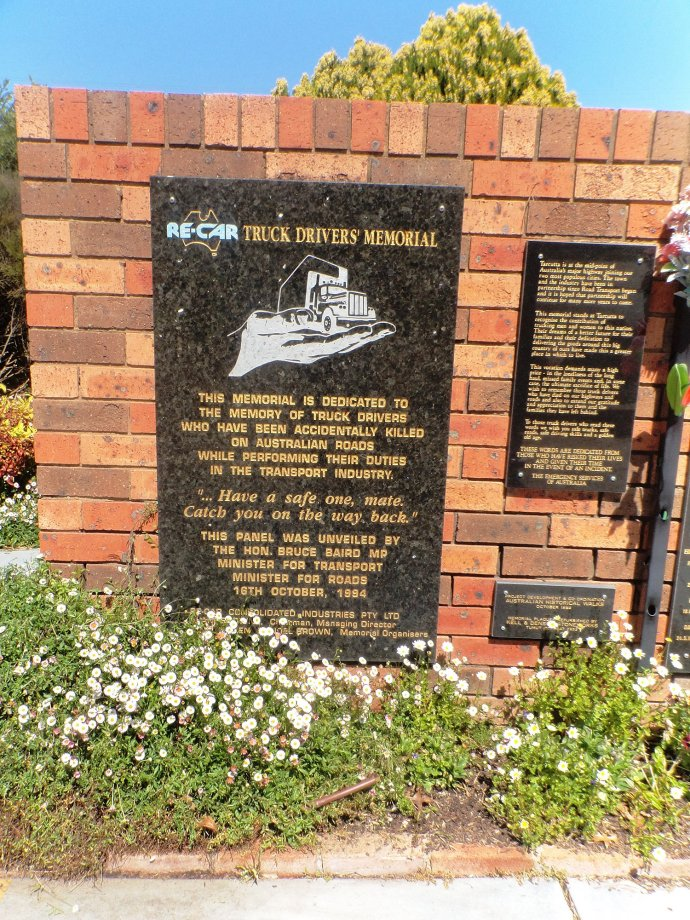 Truckies Memorial at Tarcutta