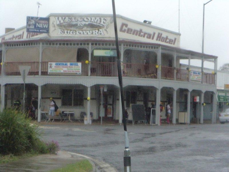 Eugowra Hotel