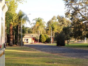 Plenty of Space at Gilgandra Caravan Park