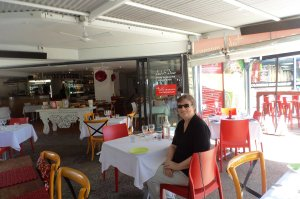 Lunch at Table Manners cafe at Dicky Beach