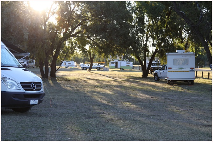 Barcoo River Camp - Blackall