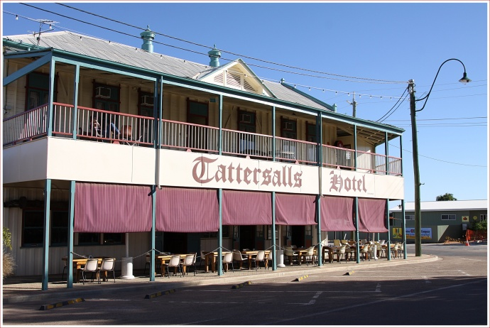 Tattersalls Hotel in Winton