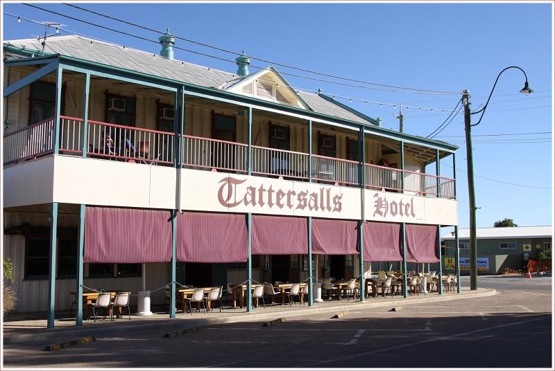 Tattersalls Hotel in Winton
