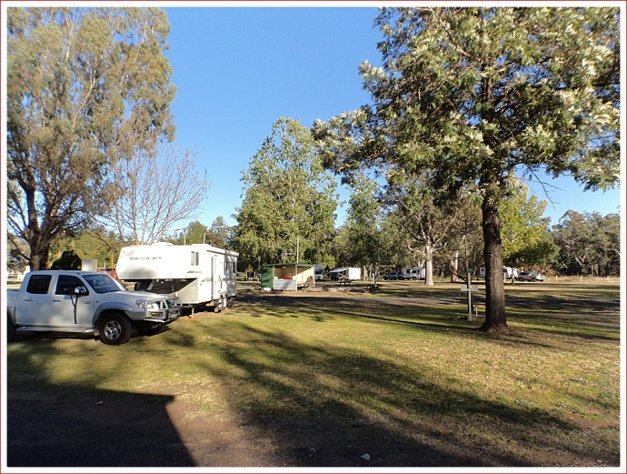 Early morning at Gilgandra Caravan Park