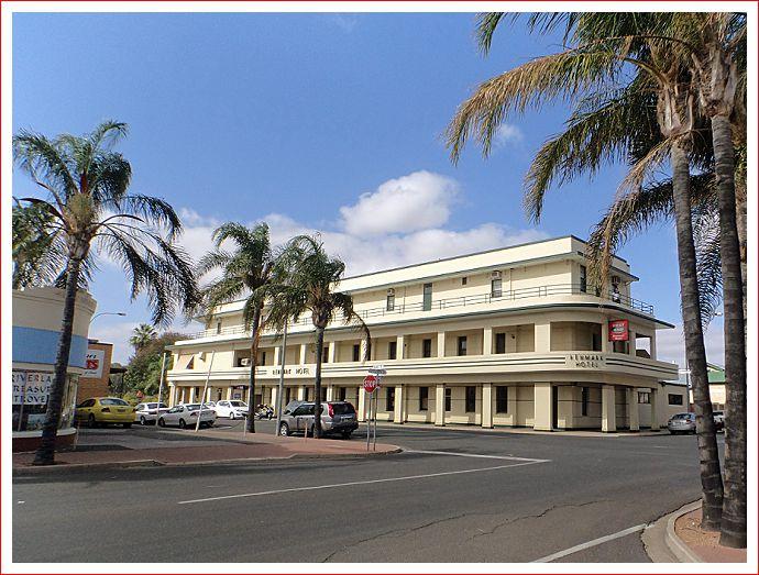 Renmark Hotel.