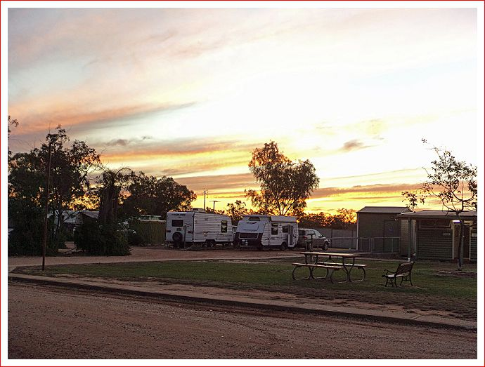 Sunset at Lightning Ridge Outback Resort